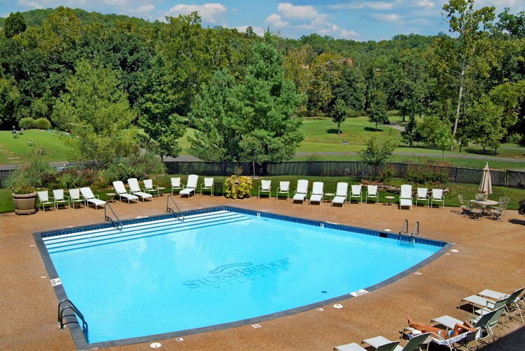 CLUBHOUSE POOL 6